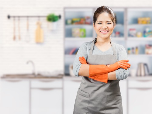 Can a full time maid work legally for part time job?